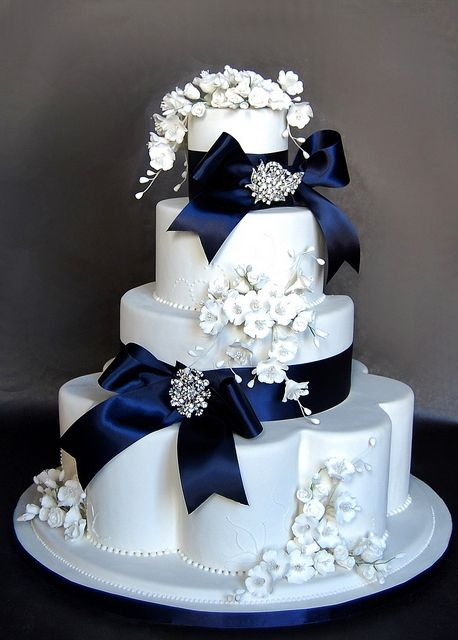 fake wedding cakes uk 31 best of the dresses images on 14143