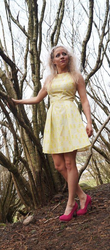 "http://wildskydesign.com/  The ""funnyman"" dress"
