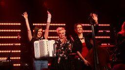 Die Band Elaiza, die Gewinner beim ESC Clubkonzert. ♡♥♡