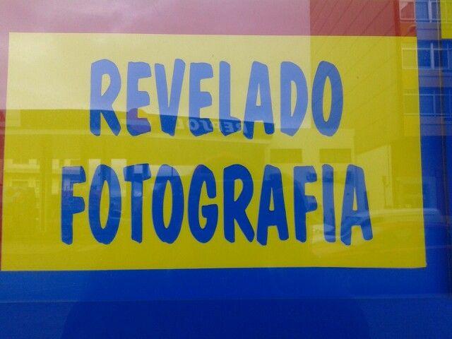 """""""Fotografía"""" lleva tilde en la """"i""""."""