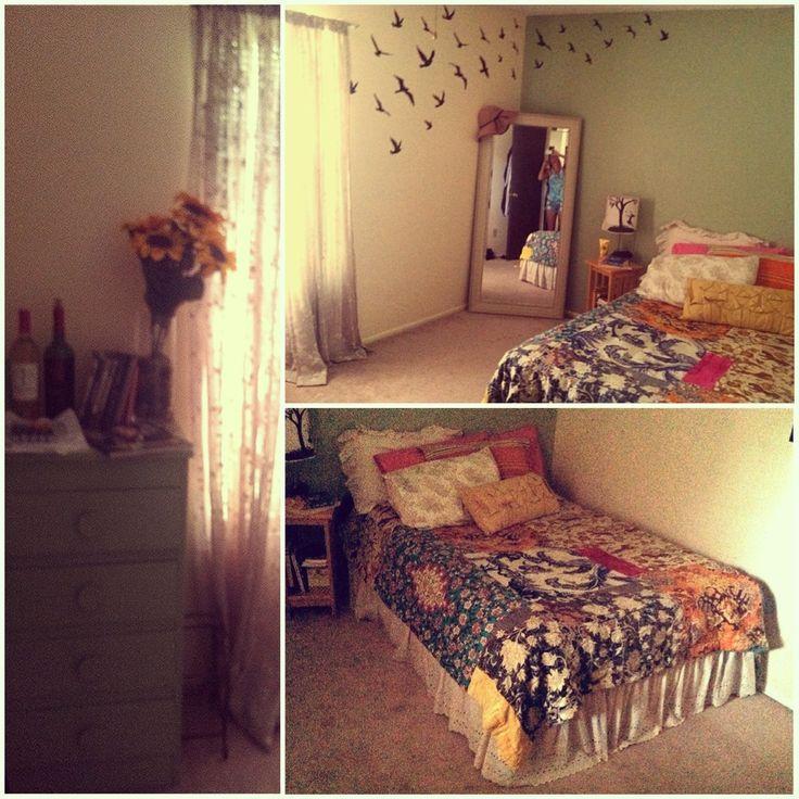 Shabby Chic Boho Bedroom: My Vintage Hippie Bedroom =]