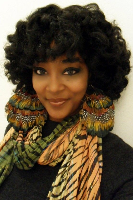 Natural Black hairstyles part two: the bigger the better! | Offbeat Bride