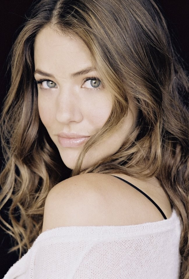 Julie Gonzalo (Rebecca Sutter Ewing -Christopher's wife) -  Dallas 2012  - photo courtesy of Facebook.