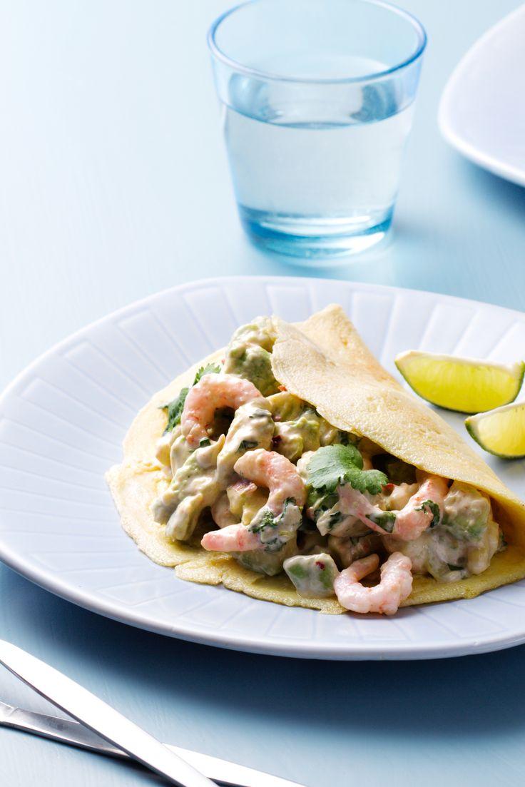 Low-Carb Egg Wraps with Crispy Shrimp Salad