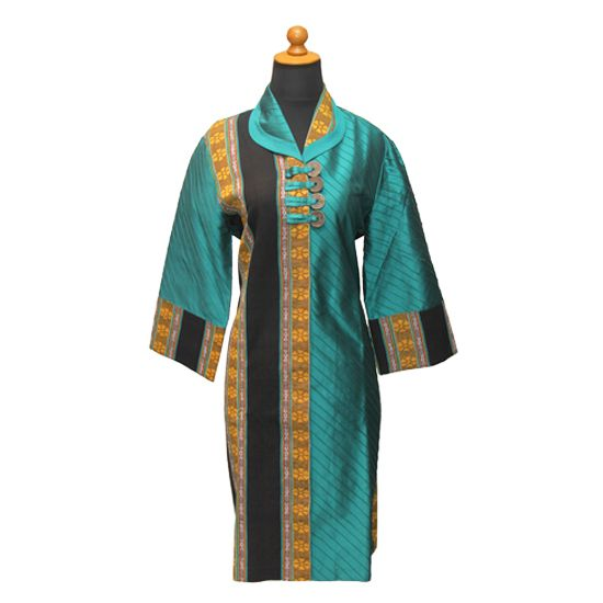 Dress Tenun (Green) | Bahan: Tenun NTT + Tafet Opnaisel | Harga: Rp 900.000