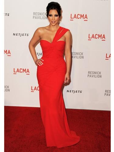 Kim Kardasian gorgeous style, gorgeous body. Love her!