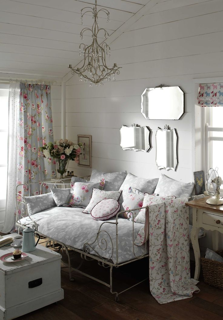 best 25 vintage style bedrooms ideas on pinterest. Black Bedroom Furniture Sets. Home Design Ideas