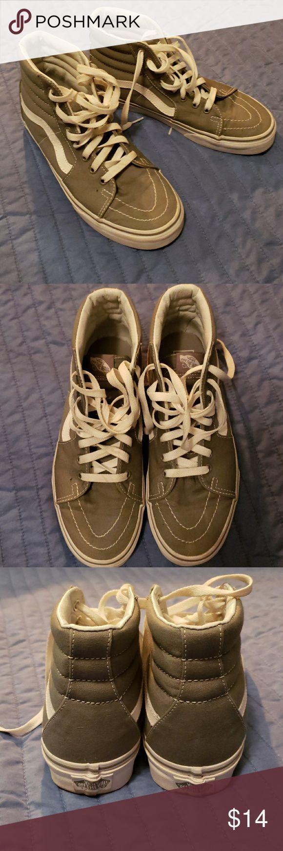 High top old school Vans Mens size 7, women's size 8.5 in grey Van's high top old school canvas Vans Shoes Sneakers – #canvas #school #shoes #sneakers…