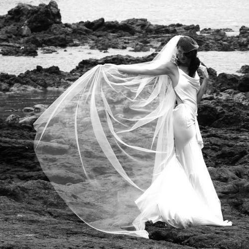 Voal lung de mireasa, model classic , usor de asortat la orice rochie de mireasa