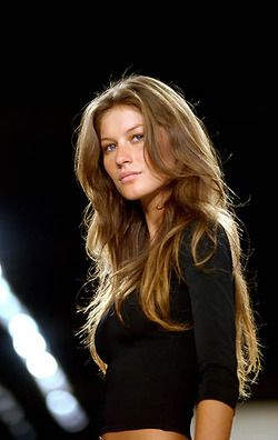 Gisele Bundchen, forever will she be my idol!