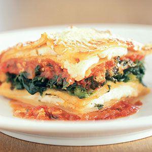 Last-Minute Lasagna | MyRecipes.comEasy Recipe, Families Dinner Recipe, Maine Dishes, Last Minute Lasagna, Easy Lasagna, Main Dishes, Mail Sauces, Lasagna Recipes, Lastminute Lasagna