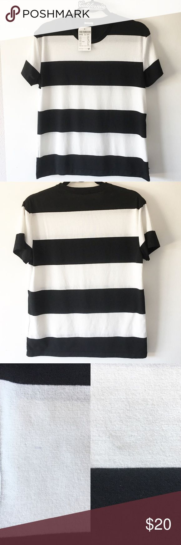 """BNWT black and white striped top 25"""" in length. Light dust stains on front but washable. Blue fuzzies blended in the fabric on front  ❌ Lowball offer will get yourself blocked 👋🏻 Brandy Melville Tops Tees - Short Sleeve"""