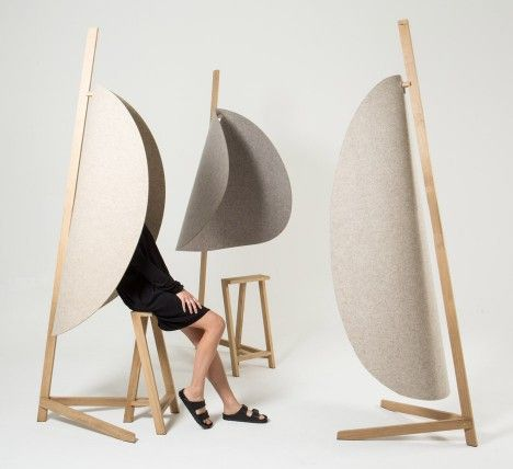 Belgian designer Pierre-Emmanuel Vandeputte has created a portable desk divider that allows users to actively isolate themselves from the noise around them