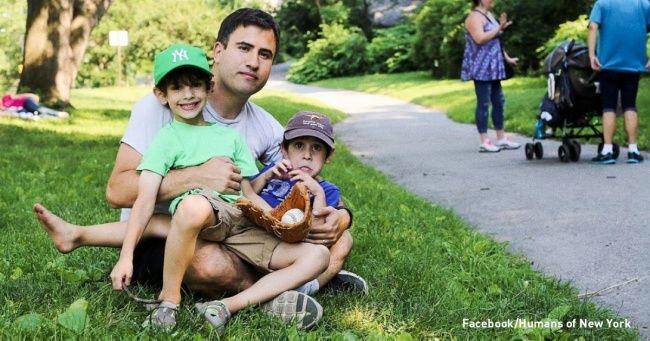 Отец нашел гениальный способ научить своих детей правильно обращаться с деньгами