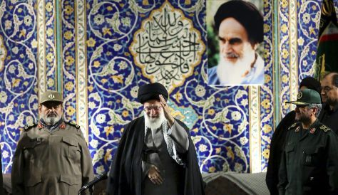 Khamenei: U.S. would overthrow Iran's government if it could - Iran's Supreme Leader says Washington has a 'controlling and meddlesome' attitude.