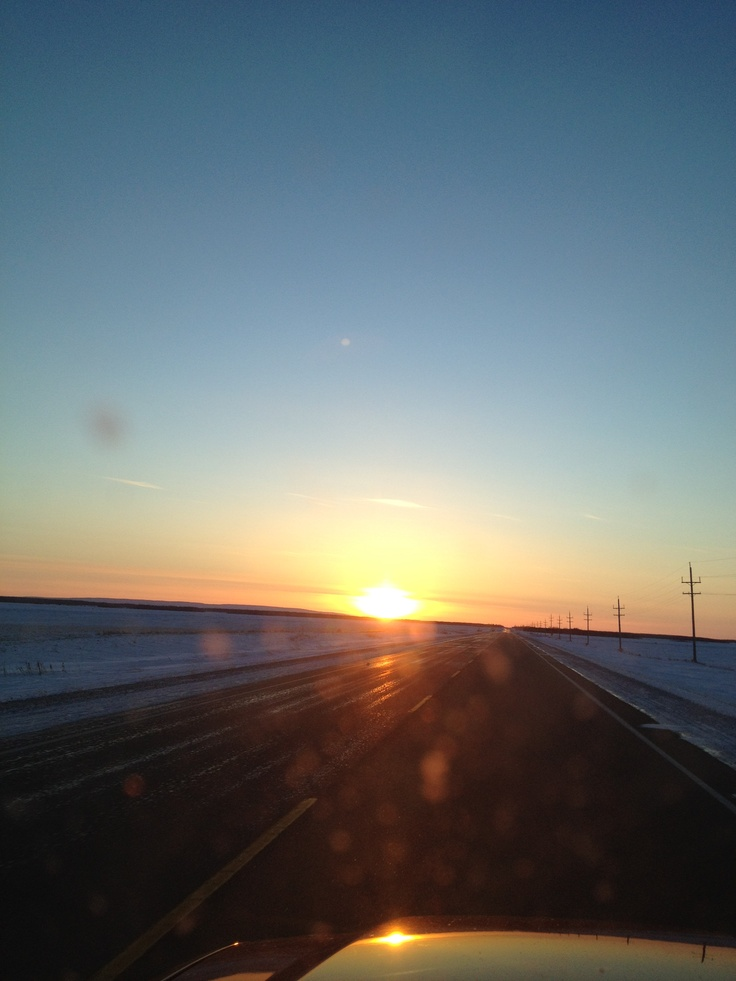 Winter sunrise on the prairie #GILOVEMANITOBA