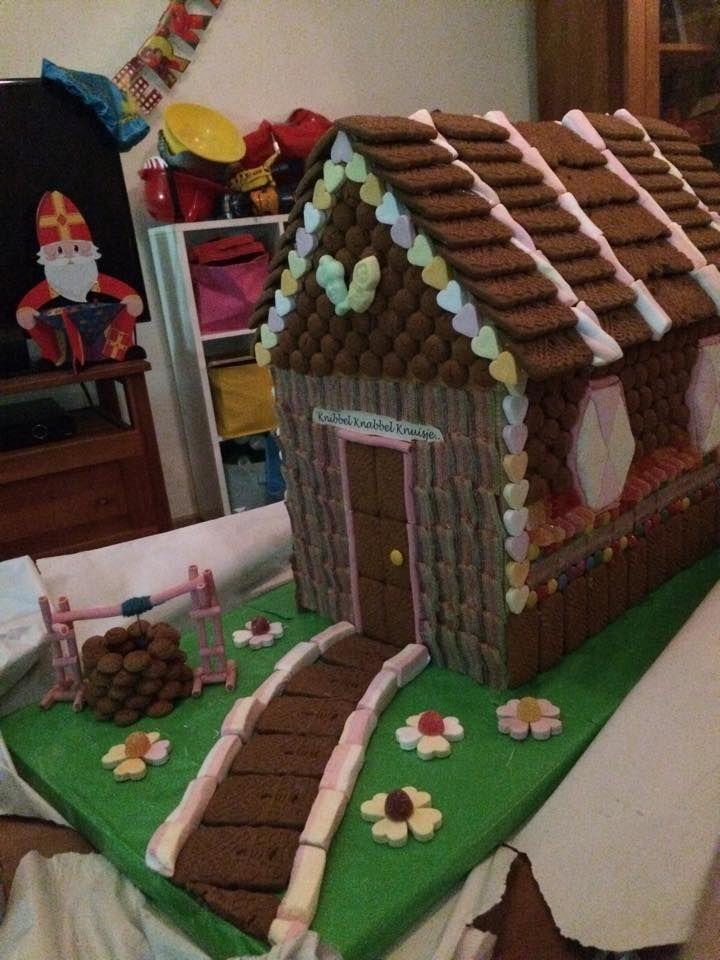 Rianne Buis De Waal kreeg dit mooie snoephuisje van Hans en Grietje als surprise!
