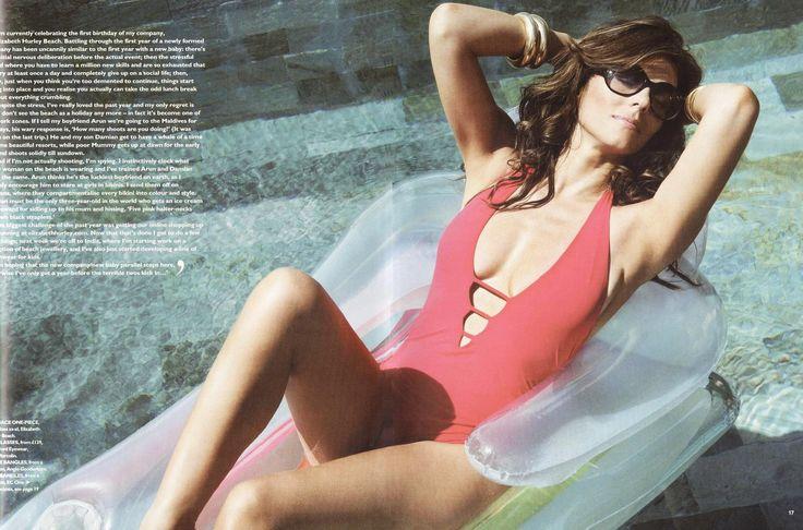 Elizabeth Hurley - You Magazine Bikini Swimwear 0002.jpg;  1984 x 1311 (@51%)