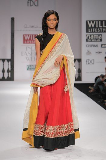 simple yet elegant #lehenga by Anand Kabra