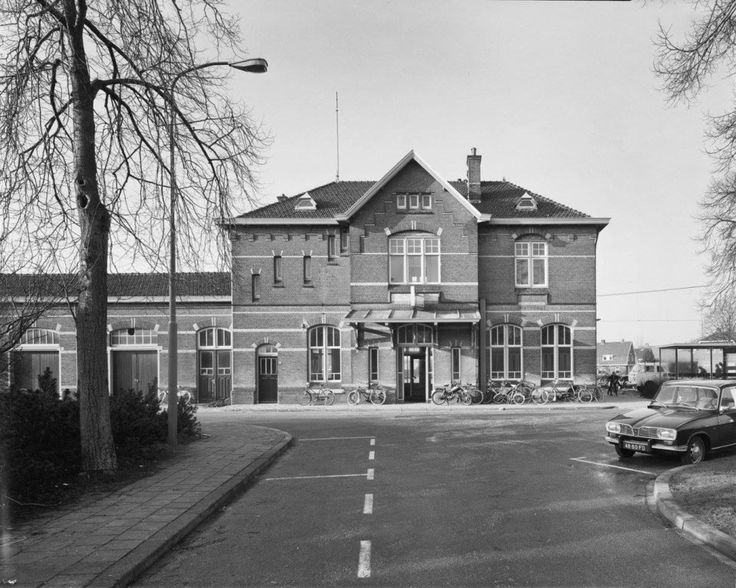 Ede: Station Ede in 1975