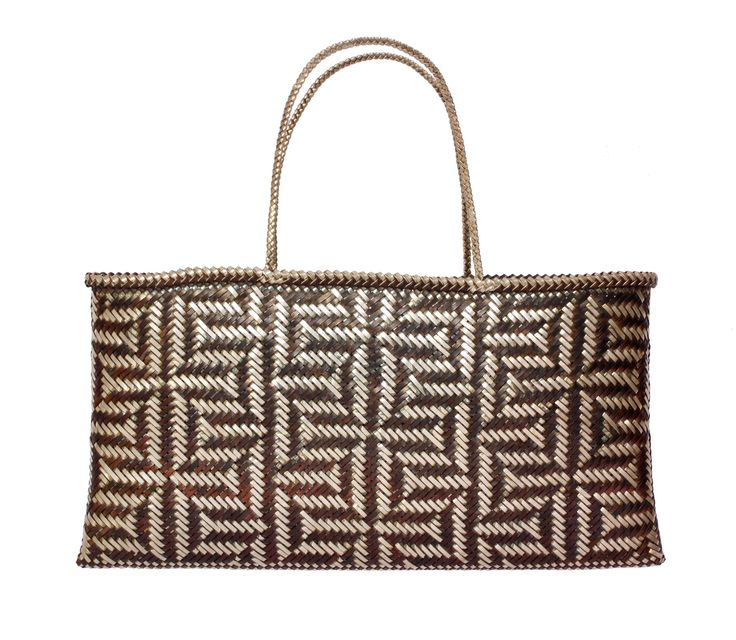 Matthew McIntyre-Wilson. Kete woven in silver and copper