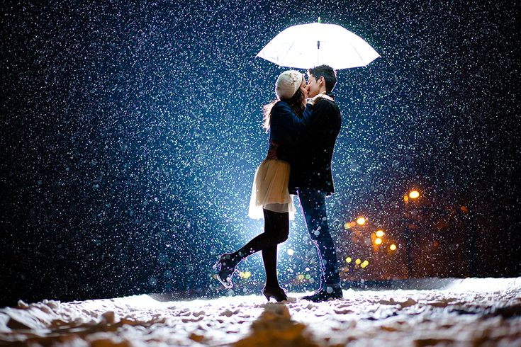 Christmas Romance Our country's climate is changing very fast, winter is coming much faster than before, the holidays are upon us; Despite of all these changes, love is the one that will never change. Ph. Campean Dan