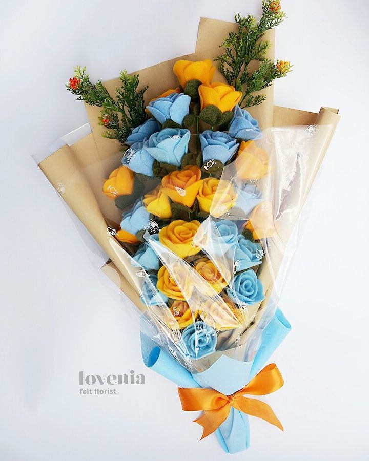 Blue-Orange Lovenia Bouquet, such youthfull color combination Bunga flanel jogja  visit us on instagram: @lovenia.florist