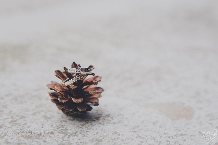 Rings #wedding #ring #weddingphotography #detail #cone #shiny #diamond