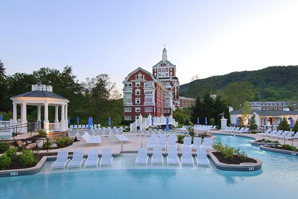 12 Beautiful Virginia Resorts to Visit, Omni Homestead