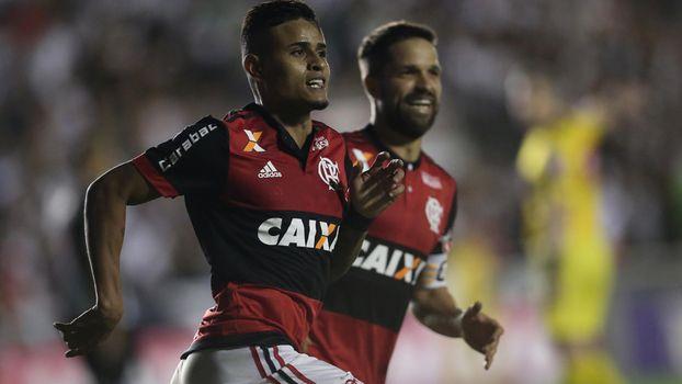 Flamengo e Grêmio travam confronto direto no Campeonato Brasileiro