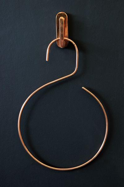 copper-coloured-hook-and-hanger-27525-p.jpg 400×600 pixels