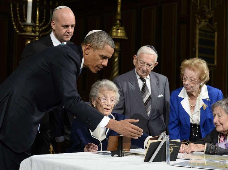 Obama elnök Alice Breuer és Gabriella Kassius holokauszt túlélőkkel Svédországban.       /  President Obama with Holocaust survivors Alice Breuer and Gabriella Kassius in Sweden.