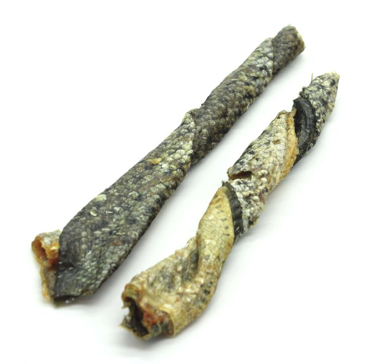 Salmon Skins, for a healthy coat, skin and eyes. #Dogs #Cats #Treats #Natural
