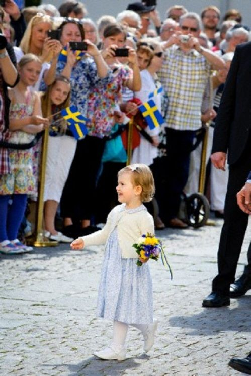 new sweden single parents Single mothers in sweden: work and welfare in the welfare state single mothers in sweden: new efforts are aimed at moving single mothers to self.