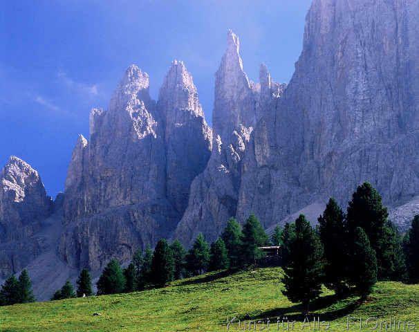 Blick zu den Vajolett-Türmen, Rosengarten-Massiv, Rosengarten Vajolett Südtirol, Dolomiten
