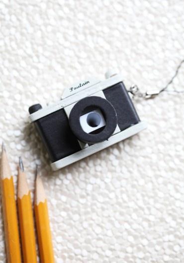 {camera pencil sharpener} love it's retro style!
