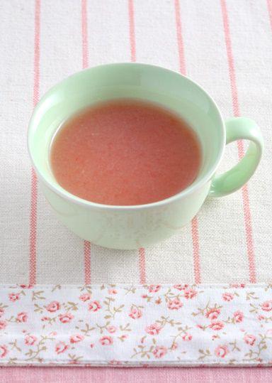 トマトとじゃが芋の冷たいスープ のレシピ・作り方 │ABCクッキング ... トマトはビタミンCやカロチン、整腸作用や便秘に効果のあるペクチンなどが豊富な栄養価の高い野菜です! 少量が必要ならば、プチトマトを使うと便利です。