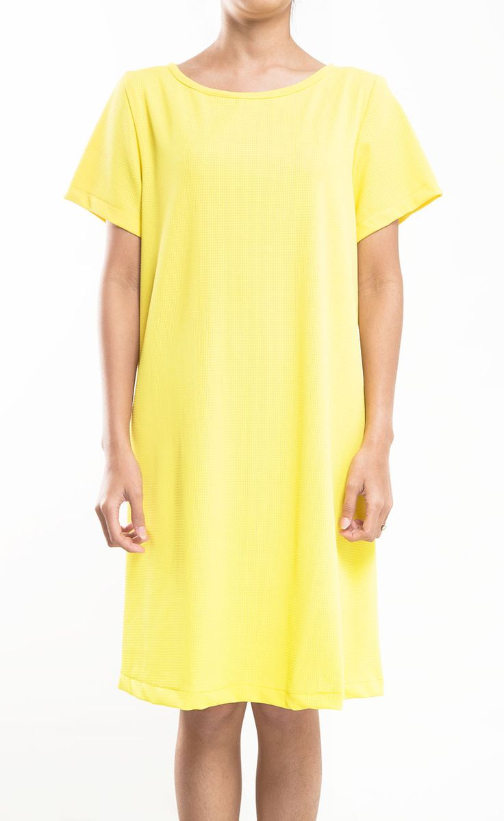 Yellow Dress by Mindo's, this short sleeves satin dress is a perfect dress for the weekend. Because your weekend is all about comfy and stylish! http://www.zocko.com/z/JJa0E