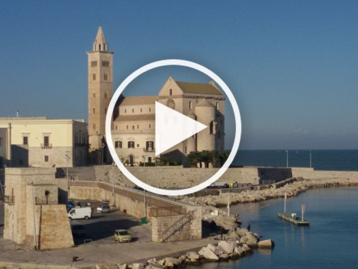 Tour: inside Trani Cathedral