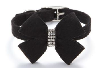 Only $12.30! Super cute velvet bow collar with gemstones for small puppies and cats. Spoil your pet! Shop24seven365! To purchase, visit www.shop24seven365.com.au