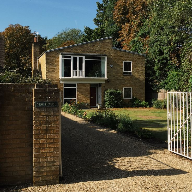 New House, at Ham Common by Stefan Buzás for James Cubbitt & Partners. c1960.