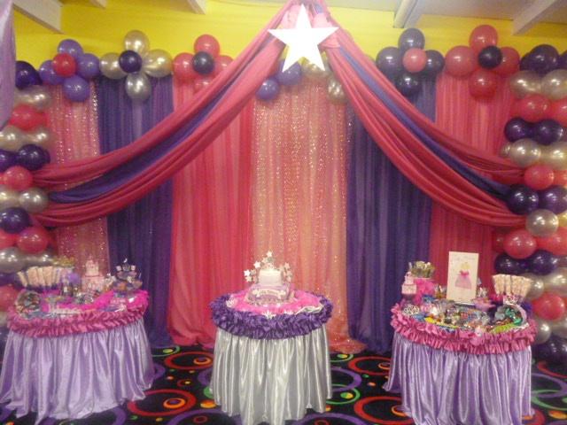 decoracion de cumpleaos con cortinas