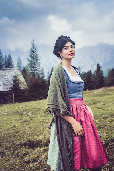 Lena Hoschek Tradition Dirndl Kiritag