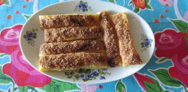 Mmmmm Homemade Kaneelstengels recept | Smulweb.nl