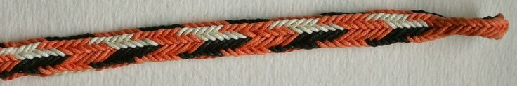 fingerloop braided, double braid, grooved rectangle shape (divided edges), 10 loops