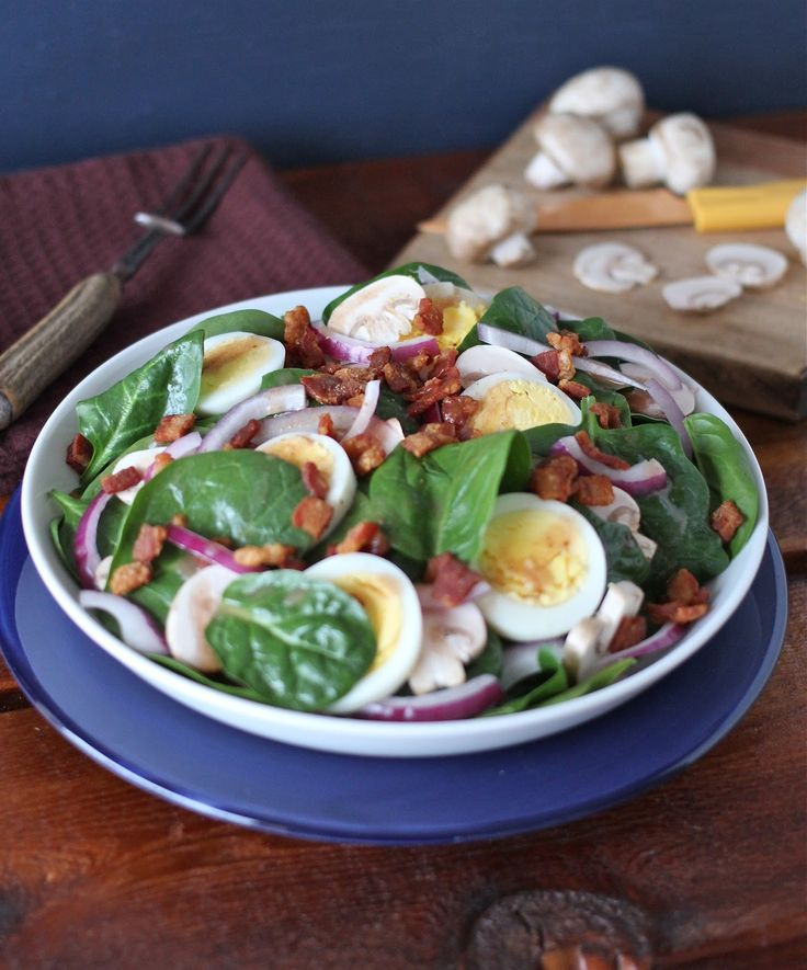 Spinach Salad with Hot Bacon Dressing | Healthy living - Recipes | Pi ...