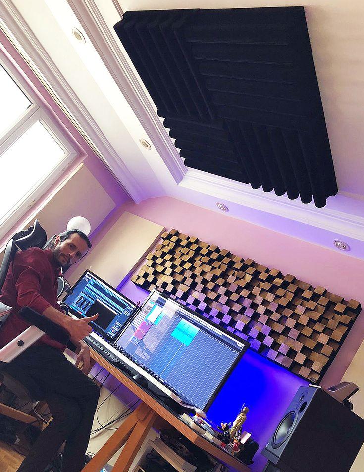 Harun Can üstadımızın home stüdyosuna ufak bir dokunuş yaptık. Tüm sorunları çözdük 😎😉🎼🎹. Güle güle kullan Harun Can ... #lavaakustik #lava #akustik #acoustic #studio #stüdyo #design #tasarım #highend #ses #sound #soundsystem #müzik #music #şarkı #beste #aranje #aranjör #aranjman #prova #kayıt #record #recording #recordingstudio #musicroom #room #luxury #haruncan #ozerkircak Ozer Kircak