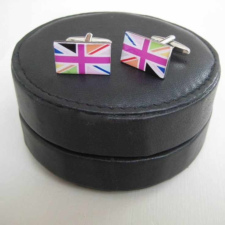 Are you interested in our leather travel cufflink case? With our leather wedding usher cufflink box you need look no further.