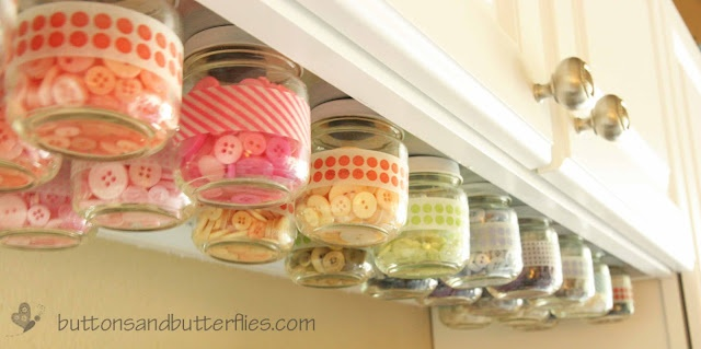 baby food jars for button storage -- from Heidi at Buttons & Butterflies!