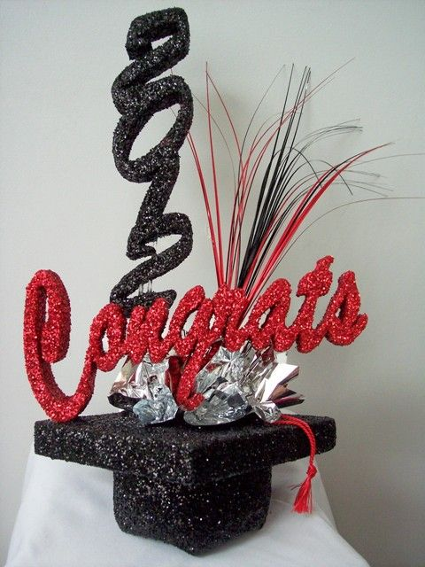 High school graduation centerpieces